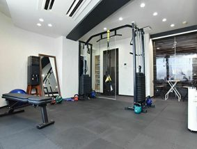 Functional training gym NEXUS 横浜元町店